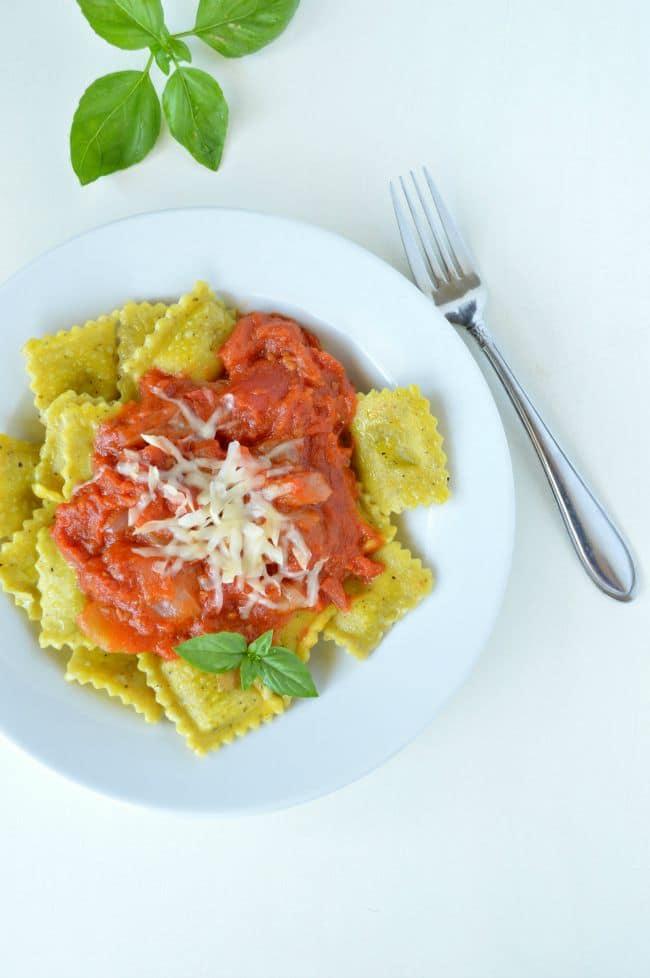 Nicholas Sparks' True Believer Tomato Sauce Recipe