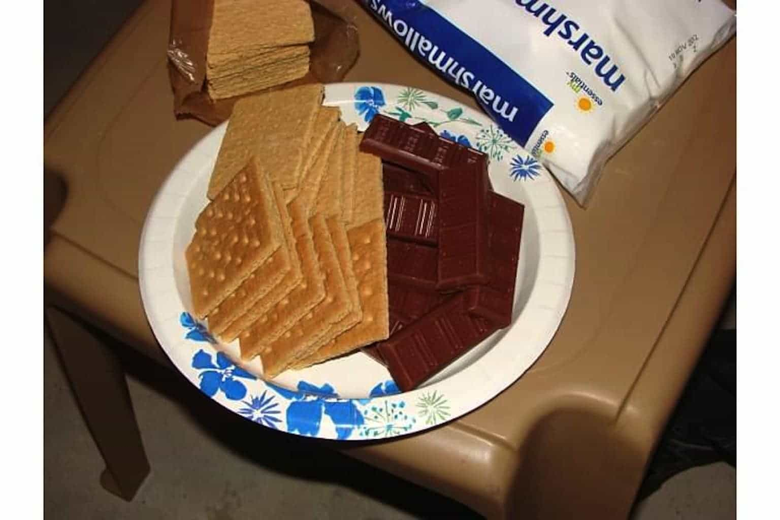 chocolate & graham crackers