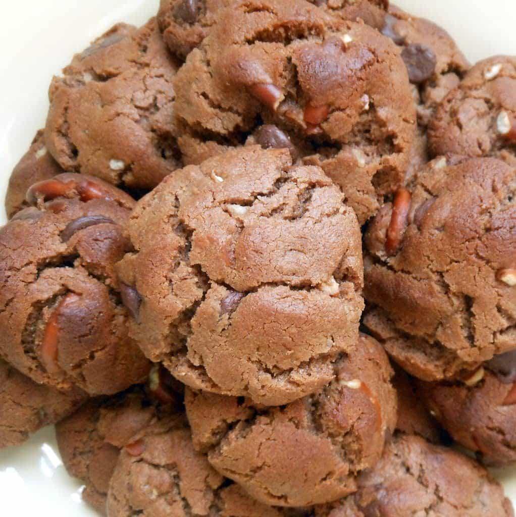 Flourless Mocha Hazelnut Crunch Cookies