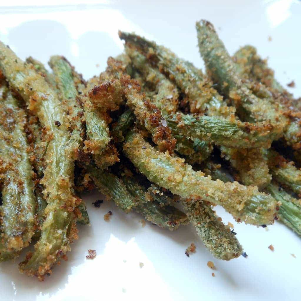 Crispy Baked Green Bean Fries - Sugar Dish Me
