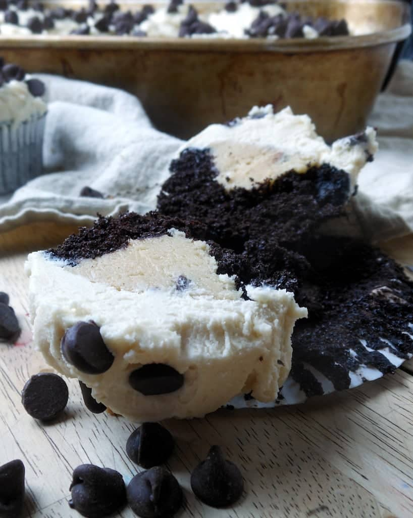 Chocolate Chip Cookie Dough Cupcakes - Sugar Dish Me