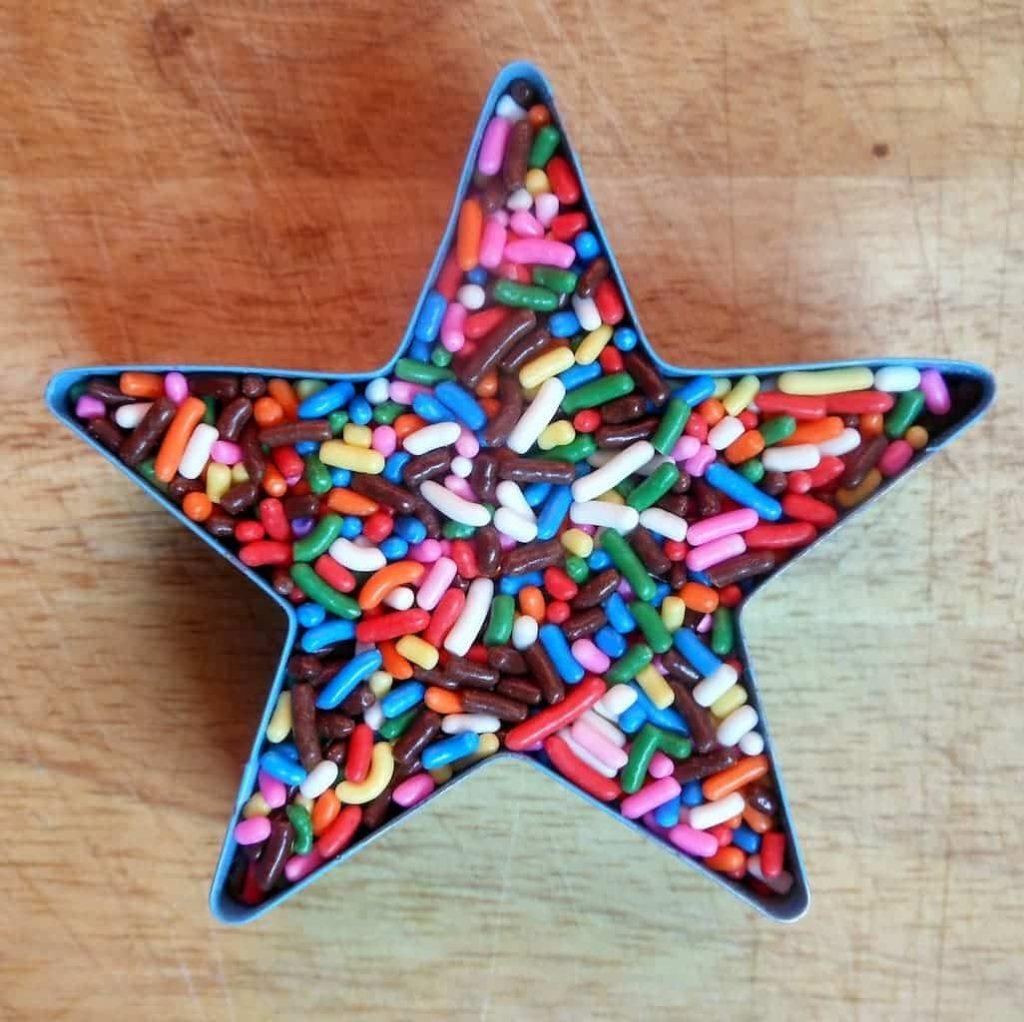 Manic Monday Sprinkle Star