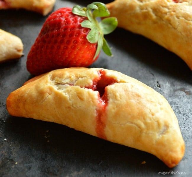 Strawberry Rhubarb Hand Pie Recipe