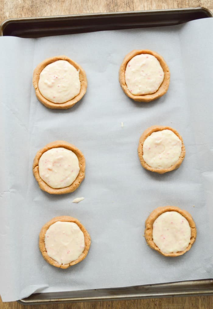 Filled Cheesecake Cookies ready to bake