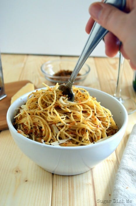 Spaghetti with Lemon and Herbs