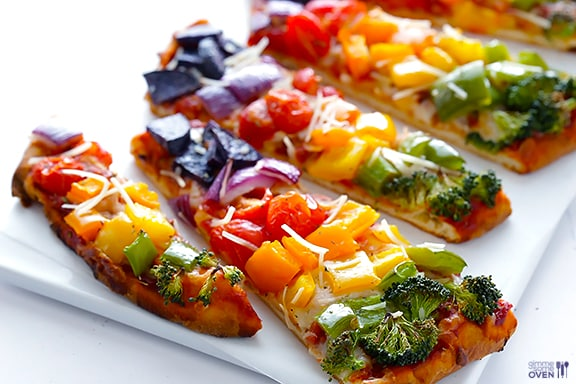Rainbow Veggie Flatbread Pizza from www.gimmesomeoven.com