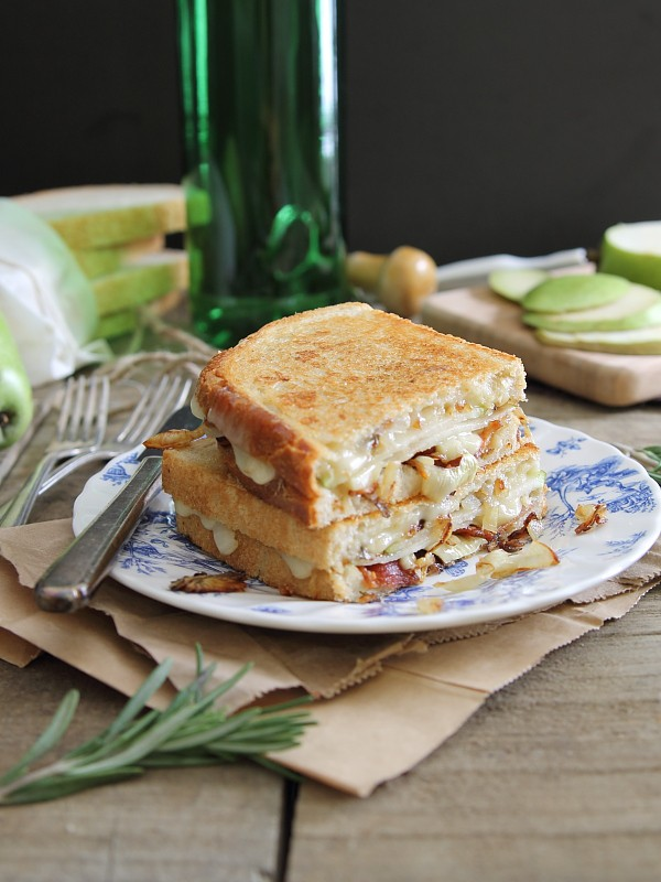 Pear Bacon and Brie Grilled Cheese via Running to the Kitchen; Meal Plans Made Simple