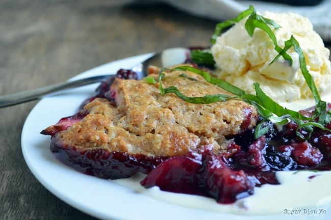 Berry Cobbler with Whole Wheat Crust
