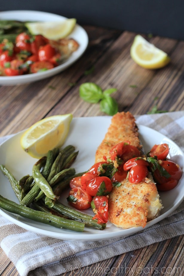 Panko Crusted Tilapia with Tomato Basil Sauce via Joyful Healthy Eats; <eal Plans Made Simple