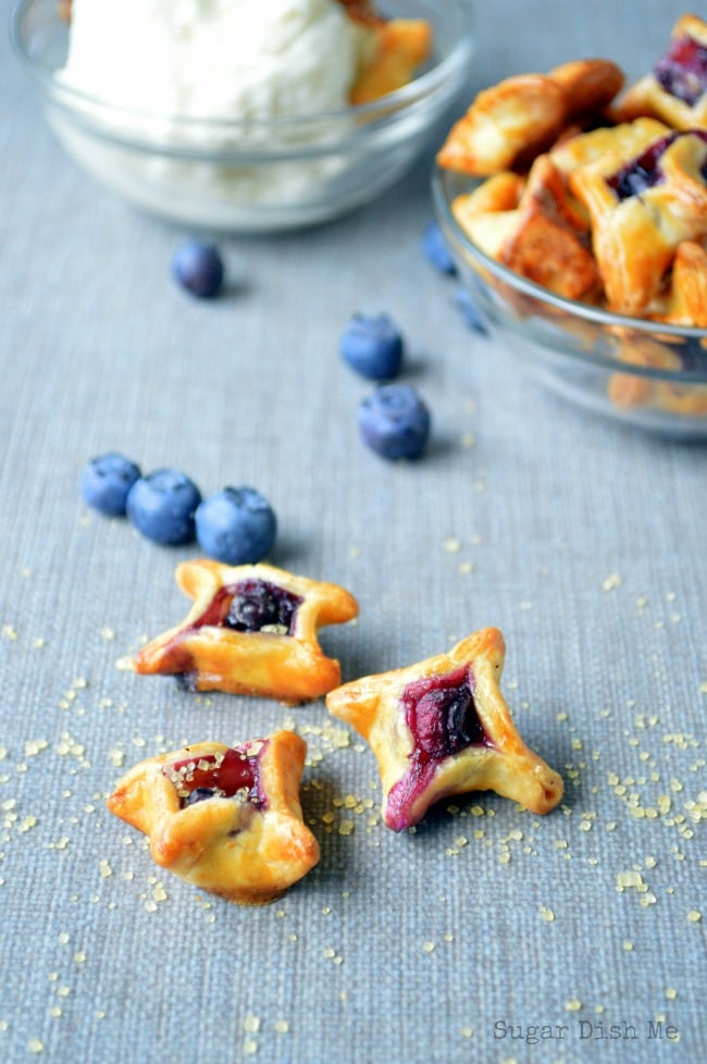 Pie Crust Bites with Blueberries