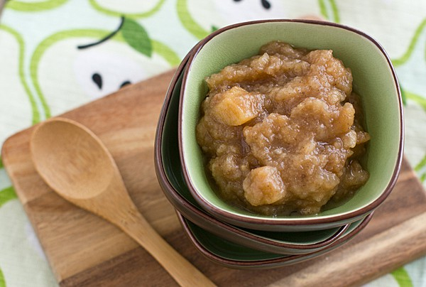 Chai Spiced Slow Cooker Pear Applesauce