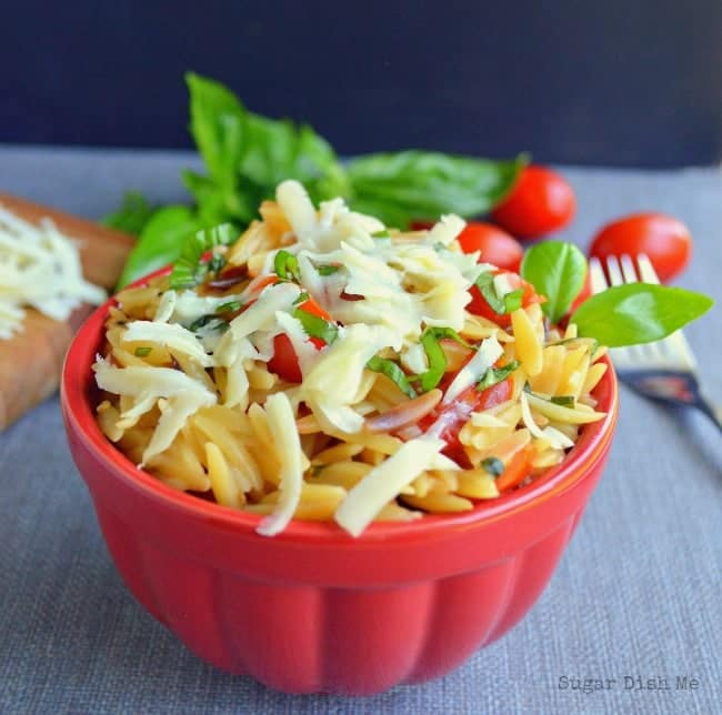Cheesy Caprese Orzo Salad