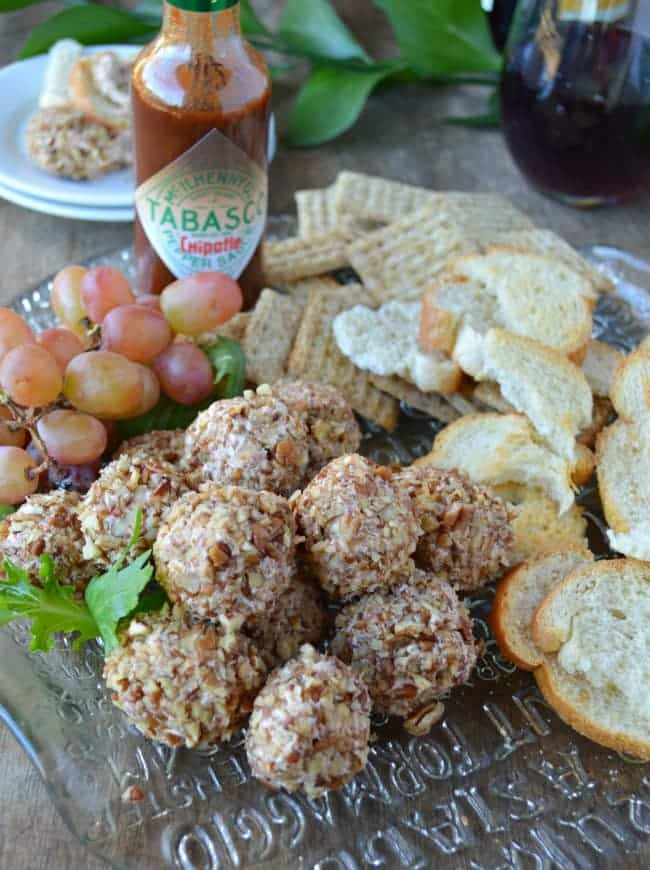 Chipotle Raspberry Cheese Ball Recipe