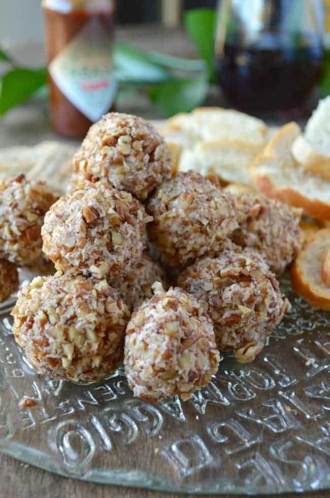 Mini Raspberry Chipotle Cheese Ball Recipe