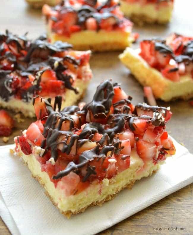 Strawberry Cheesecake Bars with Pretzel Crust - Sugar Dish Me
