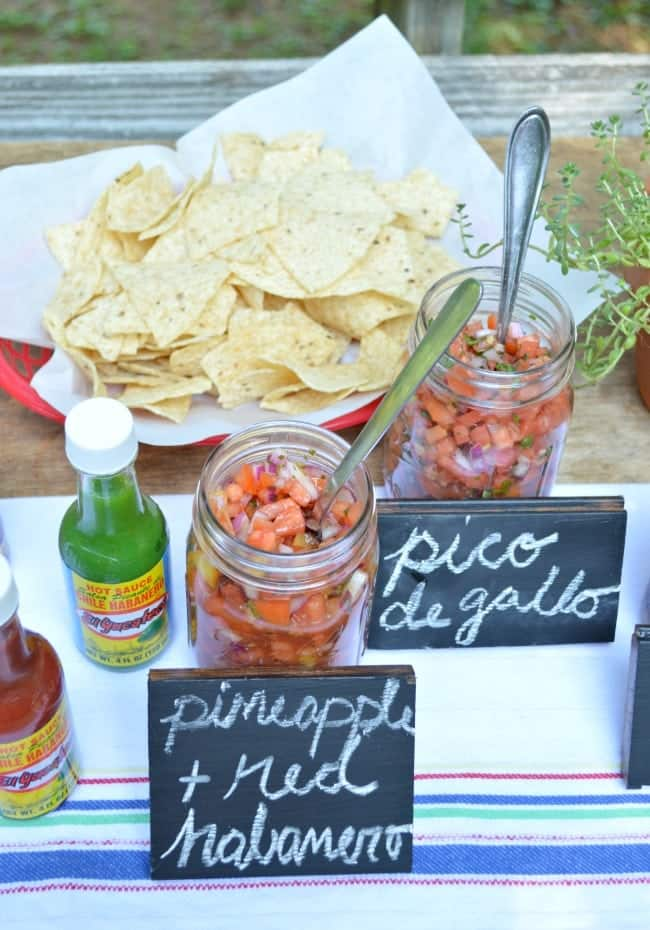 Easy Salsa Bar