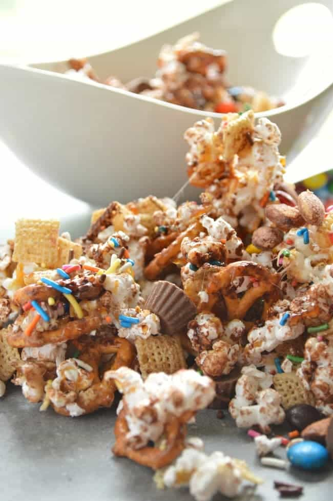 Loaded Candy Bar Popcorn