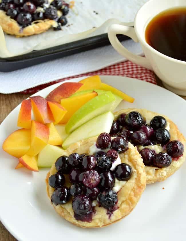 Roasted Berry Breakfast Tart Recipe