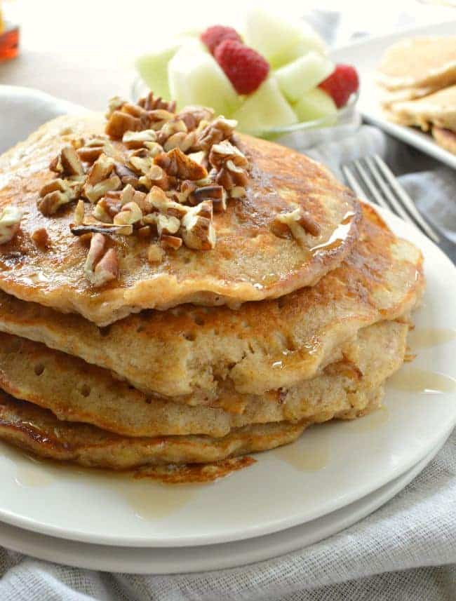 Oatmeal Pancakes with Bananas and Pecans
