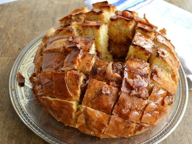 Maple Bacon Pull Apart Bread - Sugar Dish Me