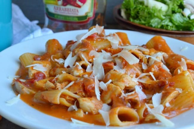 Easy One Pot Chicken Rigatoni