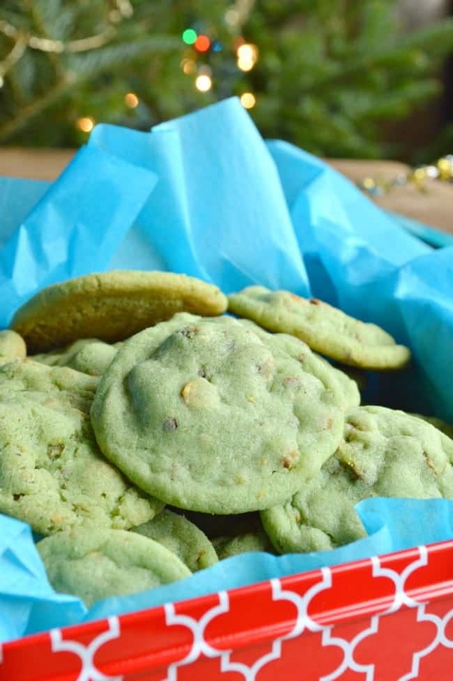 Questions That Make You Think >> Pistachio Pudding Cookies - Sugar Dish Me