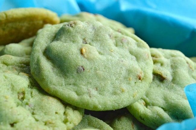 Pistachio Christmas Cookies