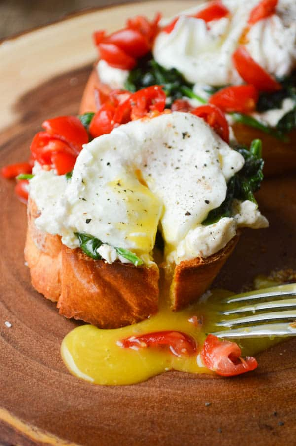 Whipped Feta Breakfast Crostini Recipe