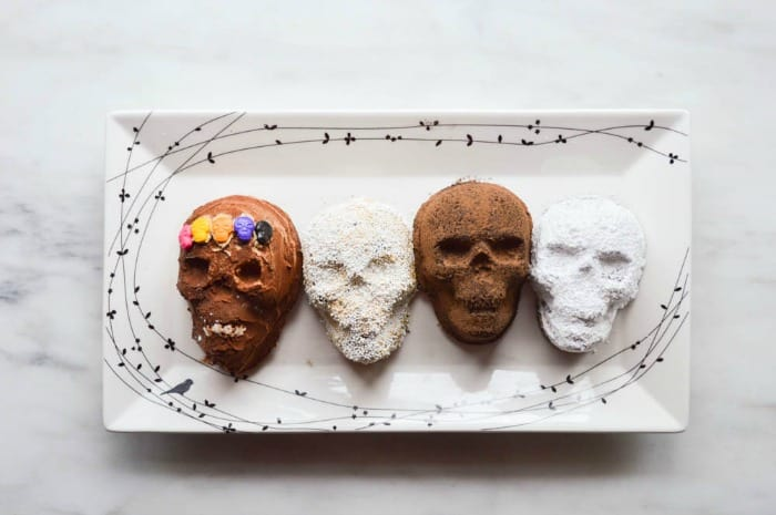 Black Magic Skull Cakes decorated for Halloween!