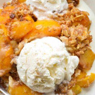 Slow Cooker Boozy Peach Cobbler
