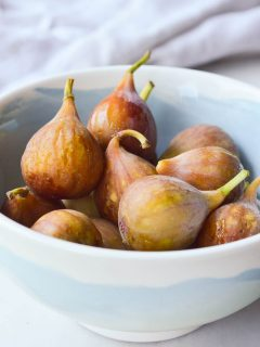 A bowl of freshly picked figs ready to be made into the filling for homemade fresh fig newtons